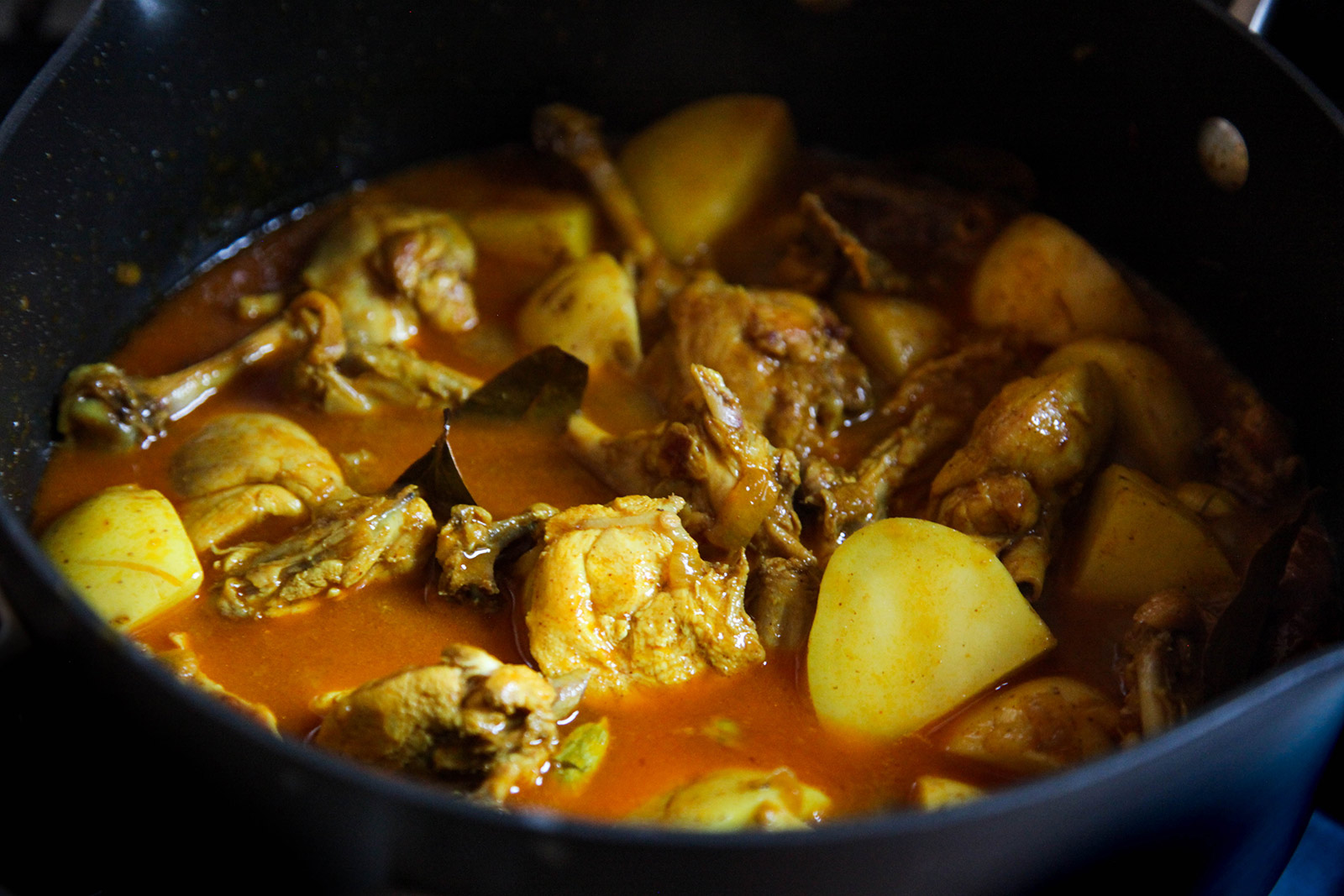Munim's Bangladeshi chicken curry