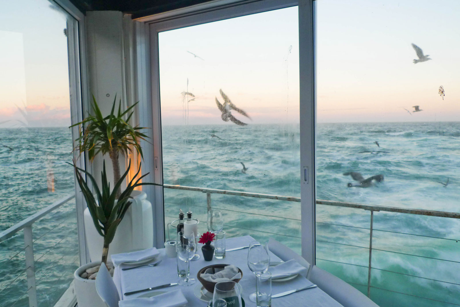 restaurant on the ocean, in Kalk Bay