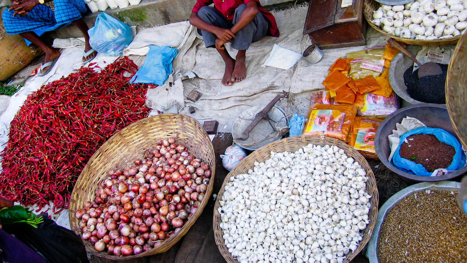 open-air farmer's market in Bangladesh